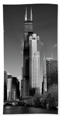 Willis Skyscraper Chicago Beach Towel