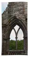 Window Ruins At Holyrood Abbey Beach Towel