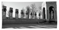 World War 2 Memorial Bw Beach Sheet