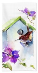 Wren With Birdhouse And Clematis Beach Towel