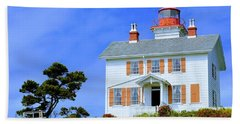 Beach Sheet featuring the photograph Yaquina Bay Lighthouse by AJ Schibig