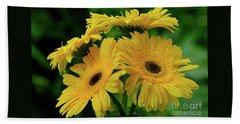 Beach Towel featuring the photograph Yellow Chrysanthemums By Kaye Menner by Kaye Menner