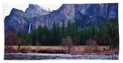 Beach Towel featuring the photograph Yosemitie Valley by Phyllis Spoor