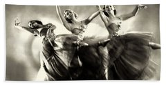 Ziegfeld Model  Dancers By Alfred Cheney Johnston Black And White Ballet Beach Towel