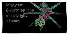 Beach Towel featuring the photograph Christmas Star Light 26762 Ge by Jerry Sodorff