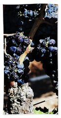 122918 Wine On The Vine Beach Towel