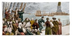 Arrival Of Emigrants In New York In 1887 In The Background, The Statue Of Liberty Beach Towel