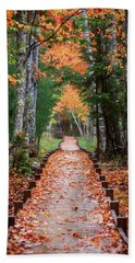 Autumn At Jesup Path Beach Towel
