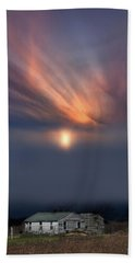 Big Sky Michigan White Farm Beach Towel