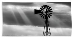 Bw Windmill And Crepuscular Rays -01 Beach Towel