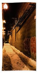 Chicago Alleyway At Night Beach Towel