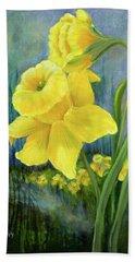 Daffodil Dream Beach Towel