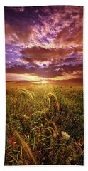 Beach Towel featuring the photograph Drwing Near by Phil Koch