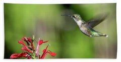 Female Ruby-throated Hummingbird Dsb0320 Beach Towel