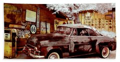 Highsmith Old Car Beach Towel