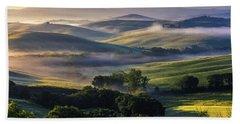 Hilly Tuscany Valley Beach Sheet