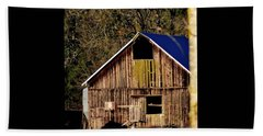 Beach Towel featuring the photograph Hopewell Barn by Jerry Sodorff