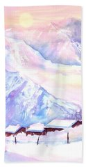 Mountain View Winter Landscape Beach Towel