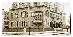 Old Customs House And Post Office, Evansville, Indiana, 1915 Beach Towel
