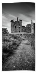 Path To Kilchurn Castle Beach Towel