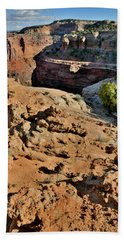 Shafer Trail Descending In Canyonlands Np Beach Towel