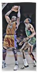 Shaquille O Neal Vs Bill Russell Abstract Art 1 Beach Towel