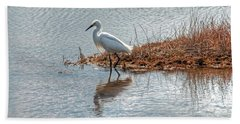 Snowy Egret Hunting A Salt Marsh Beach Towel