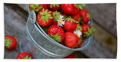 Strawberries And Daisies Beach Towel