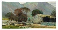 Wasdale Head With Great Gable In The Distance Beach Towel