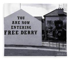 Free Derry Corner 7 Fleece Blanket