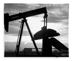 Oil Well Pump Jack Black And White Fleece Blanket