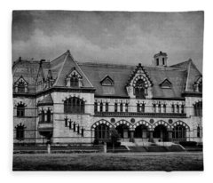 Old Post Office - Customs House B W Fleece Blanket