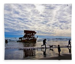 Peter Iredale Shipwreck, Fort Stevens Fleece Blanket