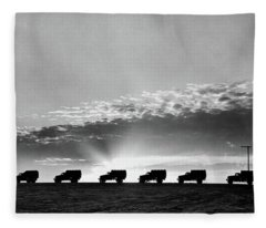 1940s Line Of Anonymous Silhouetted Fleece Blanket