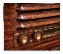 1948 Mantola Radio Fleece Blanket