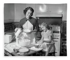 1950s Mother & Daughter Baking A Cake Fleece Blanket