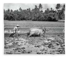 1960s Agriculture Farming Native Man Fleece Blanket