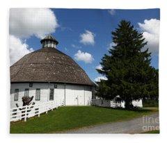 Biglerville Round Barn Near Gettysburg Fleece Blanket