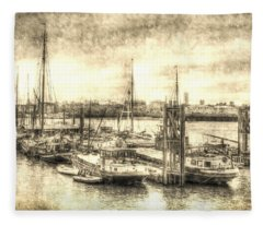 River Thames Boat Community Fleece Blanket