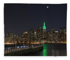 View From Gantry Plaza State Park Fleece Blanket