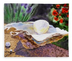 Sea Shell And Pearls Morning Light Fleece Blanket