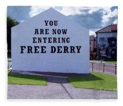 Free Derry Corner 4 Fleece Blanket