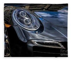 911 Turbo S Fleece Blanket