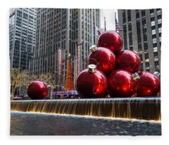 A Christmas Card From New York City - Radio City Music Hall And The Giant Red Balls Fleece Blanket