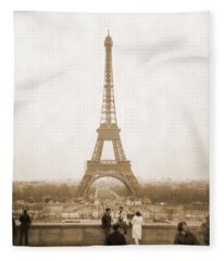 A Walk Through Paris 5 Fleece Blanket