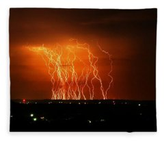 Amazing Lightning Cluster Fleece Blanket