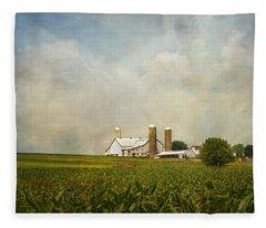 Amish Farmland Fleece Blanket