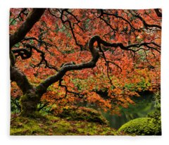 Autumn Magnificence Fleece Blanket