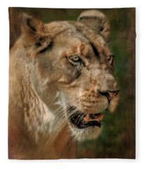Beautiful Kaya Fleece Blanket