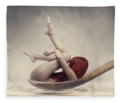 Beauty Bath Fleece Blanket